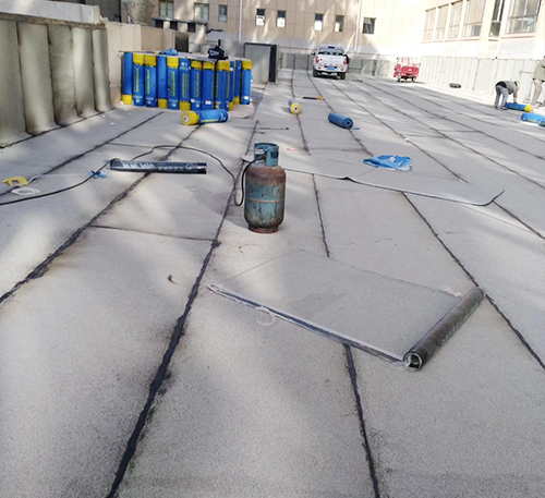 屋顶做防水
