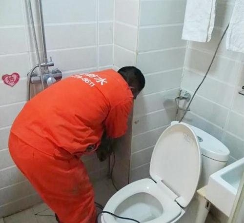 卫生间免砸砖堵漏